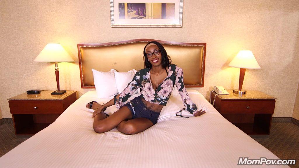 [MomPov.com] 31 y.o. Ebony MILF Allana - Hot freaky MILF gets anal fucked (27.12.2018) MP4, 2018, Anal, Blowjob, Sex, Pussy Creampie, Casting, Interview, Posing, POV, HD, 1080p