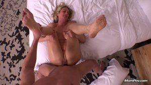 [MomPov.com] 49 y.o. Malinda – Horny divorced blonde MILF beauty – E361 – 2015, MP4, Assfuck, Blowjob, MILF, POV, Anal, HD, 720p