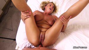 [MomPov.com] 37 y.o. Crissy – Hot wife makes porn debut – E414 (13-06-2019) Anal, Sex, MP4, Busty, Blowjob, Big Tits, POV, MILF, Facial, HD, 1080p